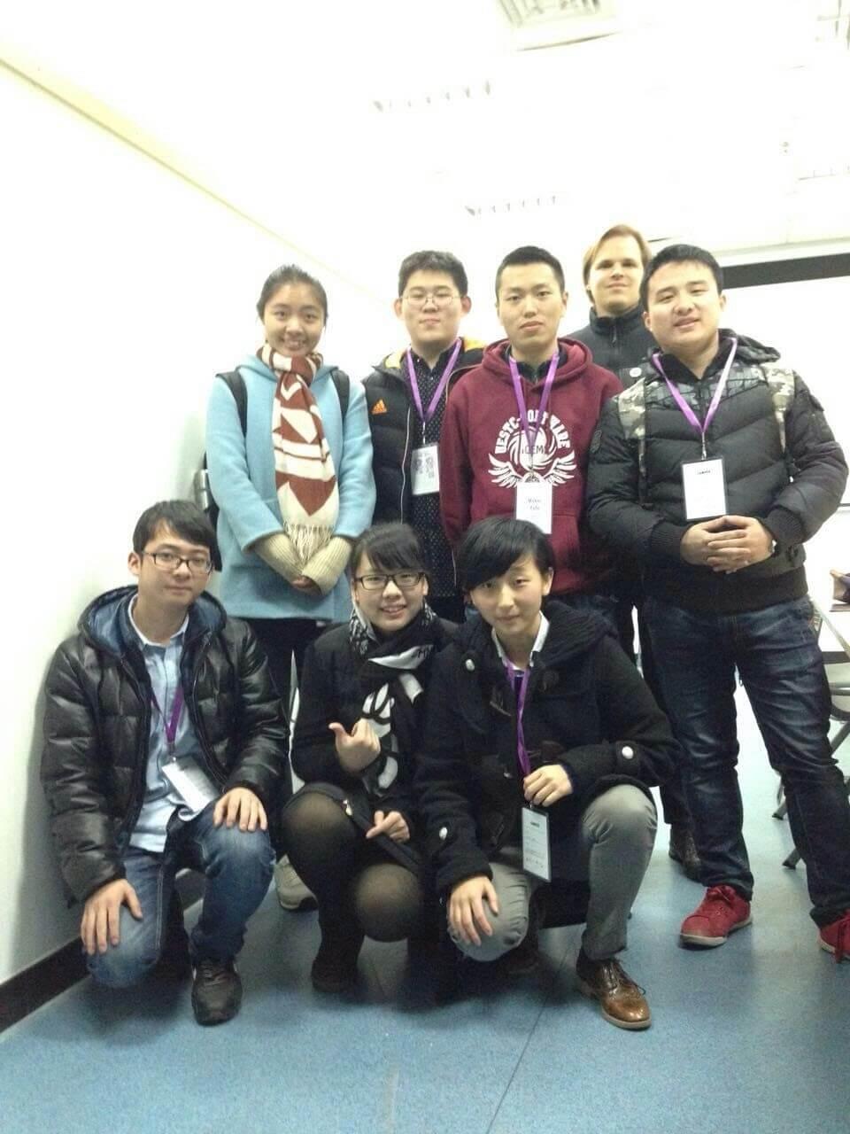 make cafe team photo